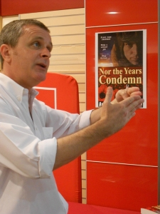 Sheedy sharing the passion at Dymocks Broadway